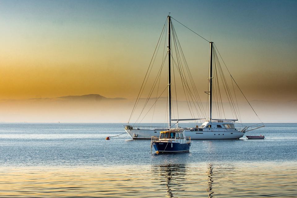 Hajóbérlés a Balatonon | 7 minőségi vitorlás elérhető áron | BalatonPRO